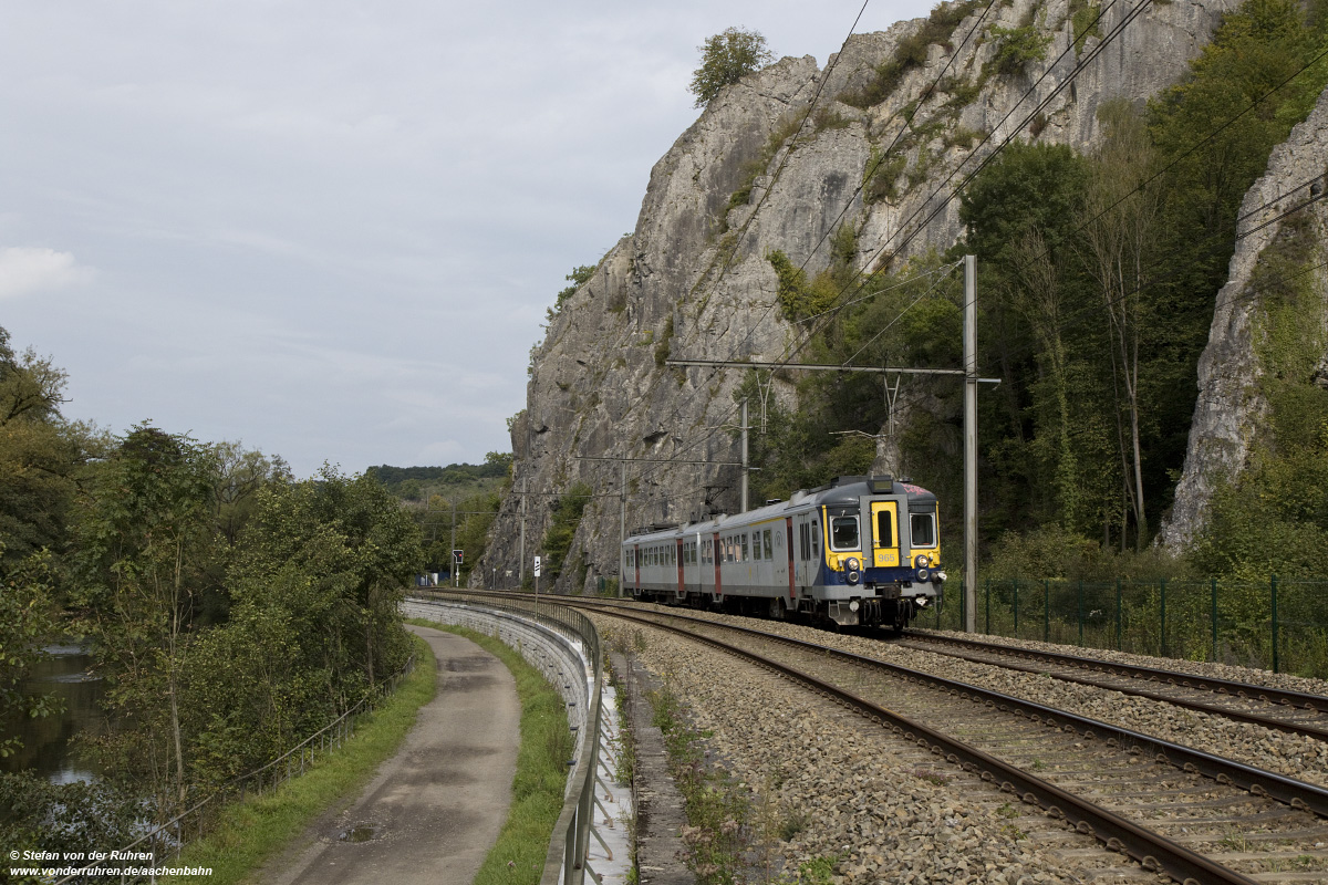 Bild SNCB AM 965 bei Comblain-la-Tour, September 2017
